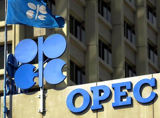 OPEC Vs Coronavirus: è sfida sui prezzi