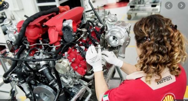 Ferrari: parità di salario