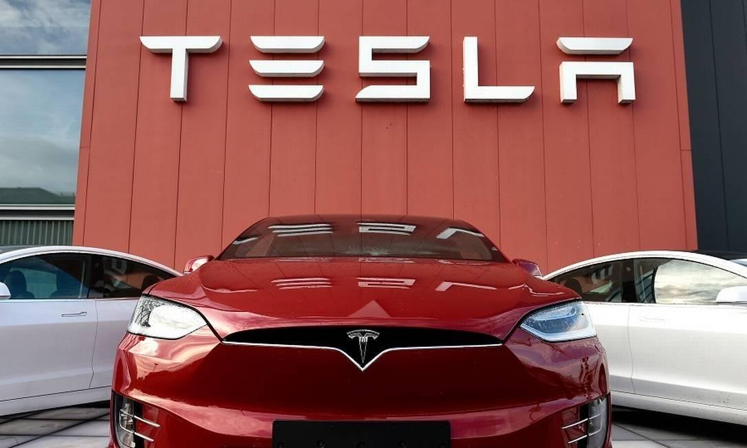 Tesla batte Toyota