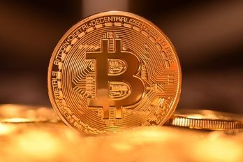 Massimo storico per Bitcoin che vola oltre i 19.700 dollari