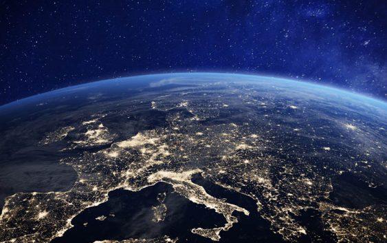 La corsa allo spazio non si ferma, Bezos rincorre Musk con Blue Origin